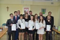 Stypendia Zarządu Powiatu dla najlepszych uczniów przyznane