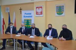 Podpisanie umowy na realizację ścieżki pieszo-rowerowej w miejscowości Potasznia