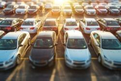 Ile zarejestrowano samochodów w powiecie w 2020 r.?