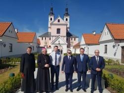 Uroczyste otwarcie wyremontowanych eremów w pokamedulskim klasztorze w Wigrach